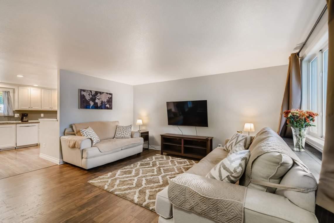 1118-Juliana-Dr-Loveland-CO-large-004-002-Living-Room-1500x1000-72dpi