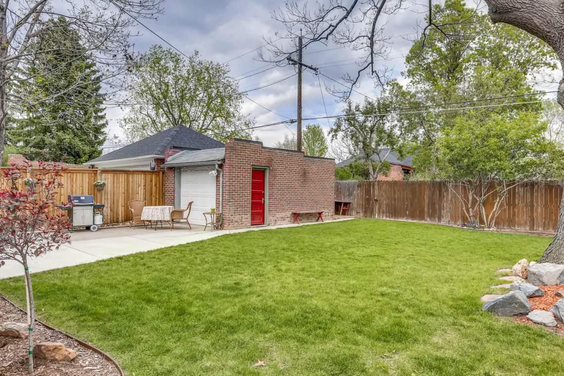 1260-Forest-St-Denver-CO-80220-large-005-006-Back-Yard-1500x1000-72dpi