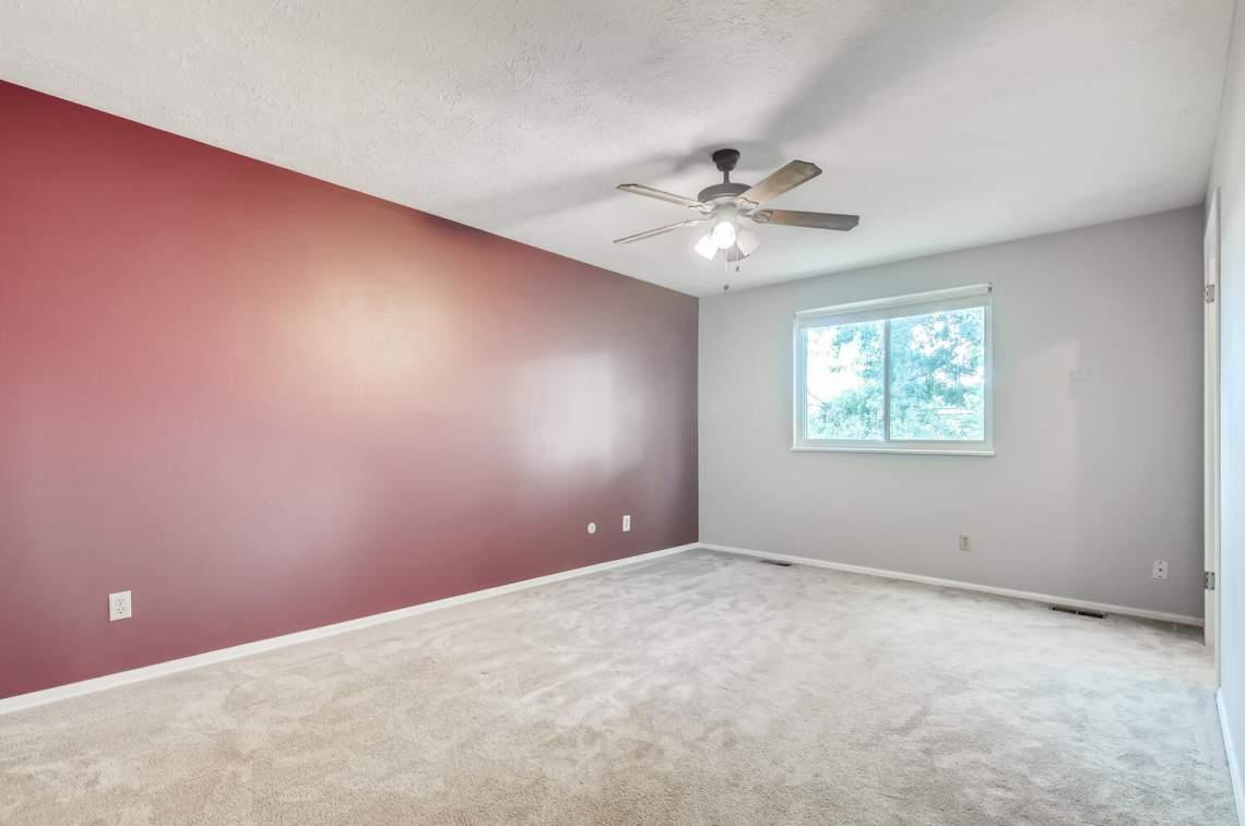 16277-E-Arkansas-Drive-Aurora-large-010-006-2nd-Floor-Primary-Bedroom-1500x997-72dpi