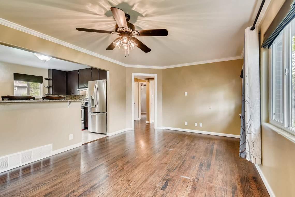 2067-E-115th-Northglenn-CO-large-007-3-Living-Room-1499x1000-72dpi