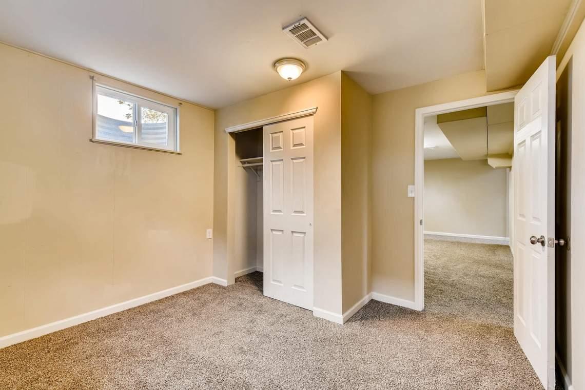 2067-E-115th-Northglenn-CO-large-021-22-Lower-Level-Bedroom-1499x1000-72dpi