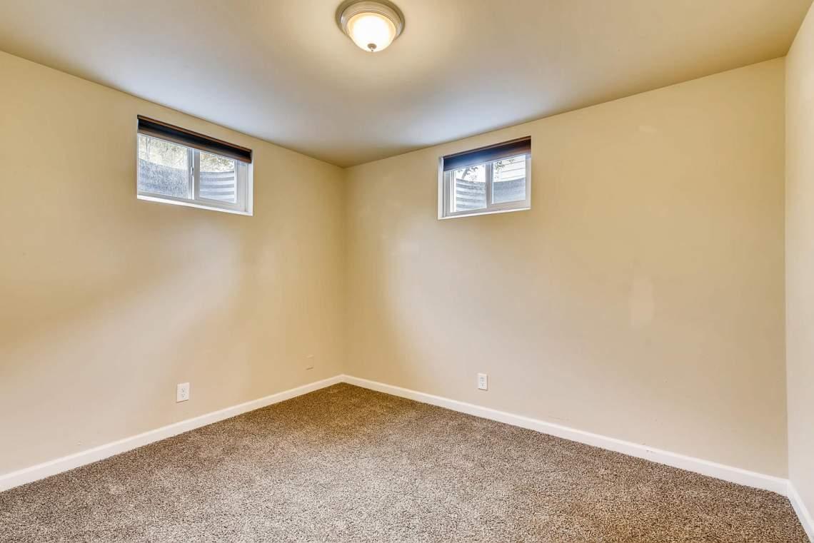 2067-E-115th-Northglenn-CO-large-022-20-Lower-Level-Bedroom-1499x1000-72dpi