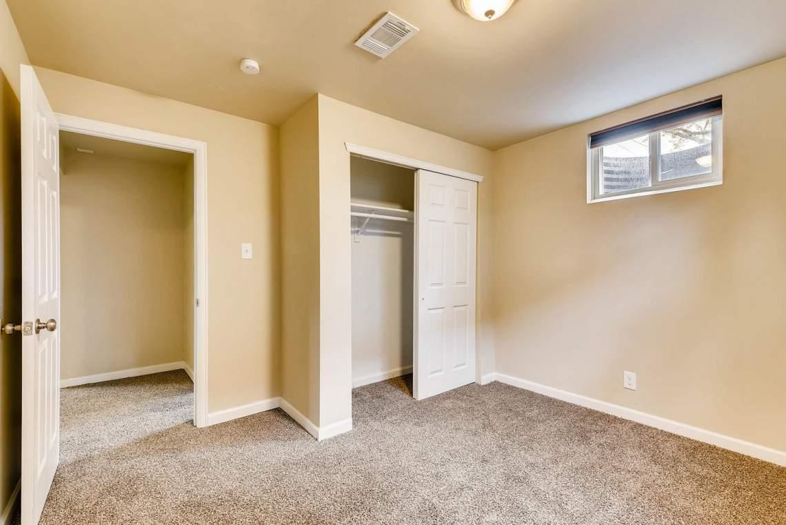2067-E-115th-Northglenn-CO-large-023-15-Lower-Level-Bedroom-1499x1000-72dpi