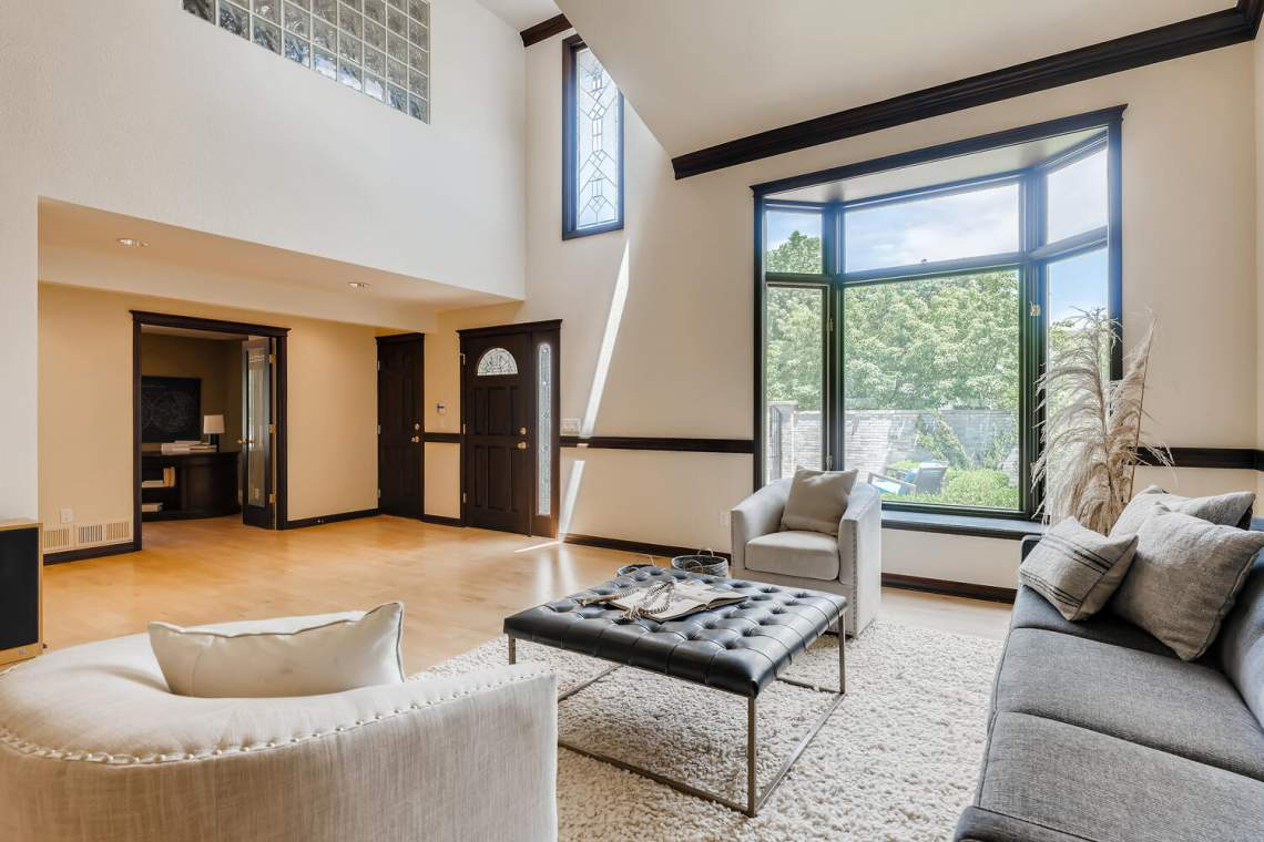 225-S-High-Street-Denver-CO-large-007-013-Living-Room-1500x1000-72dpi