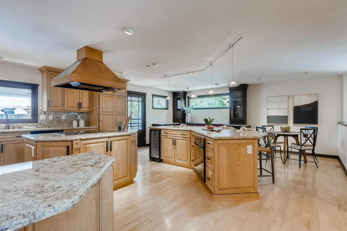 225-S-High-Street-Denver-CO-large-013-017-Kitchen-1500x1000-72dpi