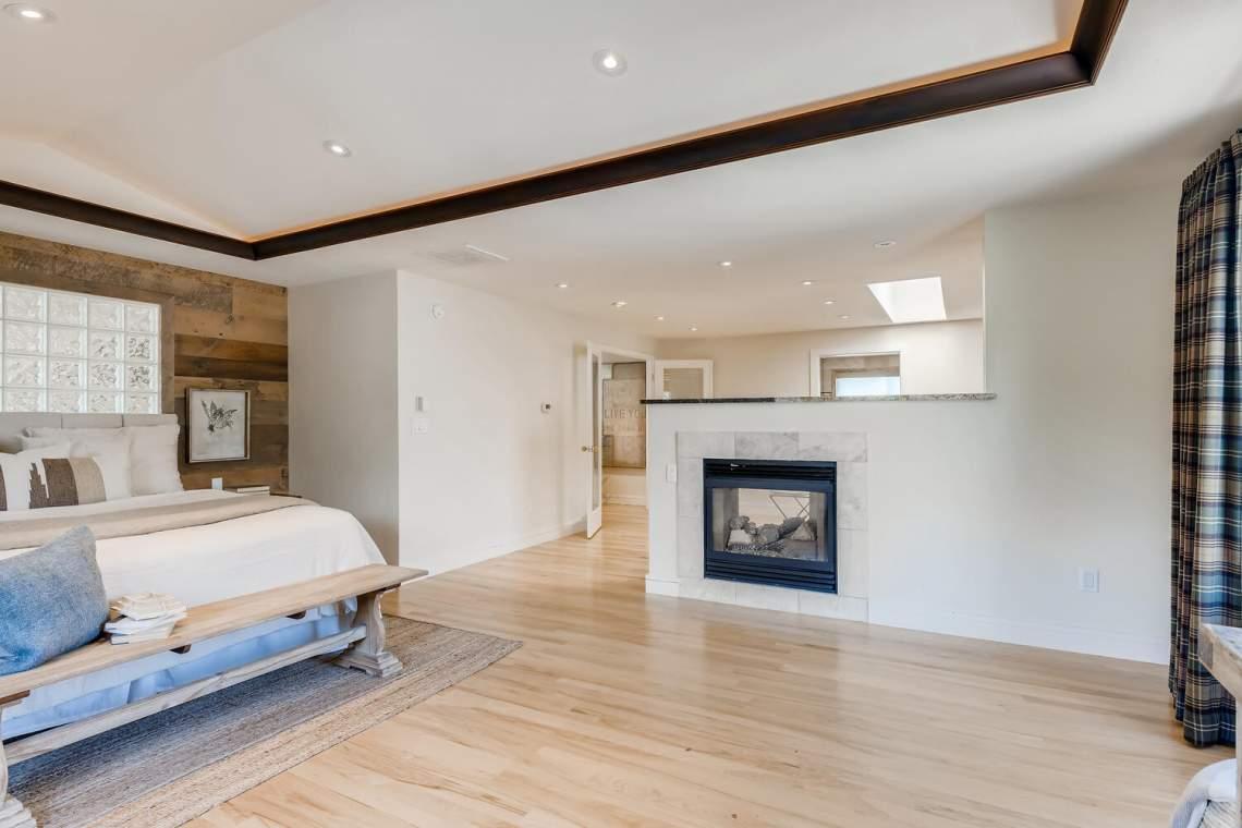 225-S-High-Street-Denver-CO-large-022-048-Master-Bedroom-1500x1000-72dpi
