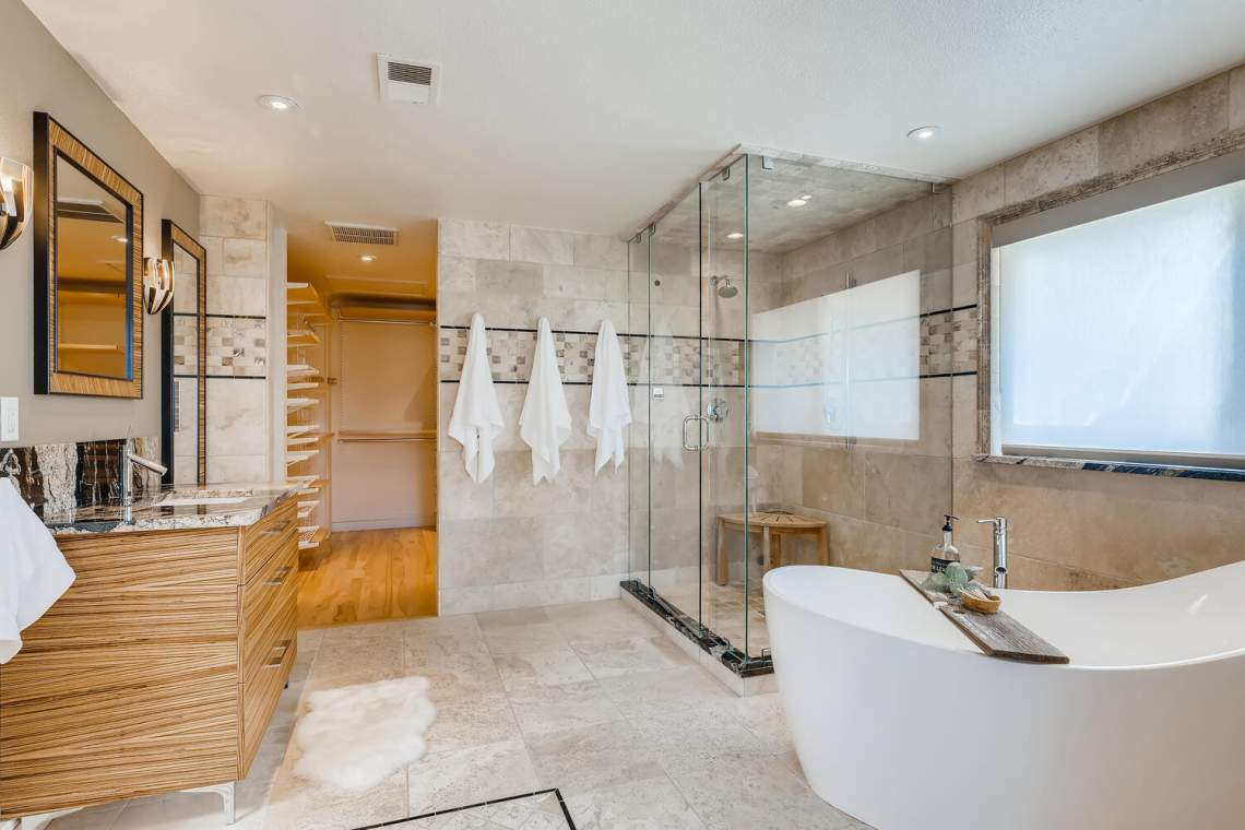 225-S-High-Street-Denver-CO-large-024-032-Master-Bathroom-1500x1000-72dpi