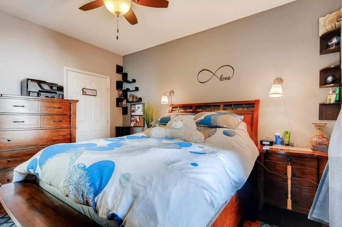 5714-N-Gibraltar-Way-102-large-014-013-Master-Bedroom-1500x997-72dpi