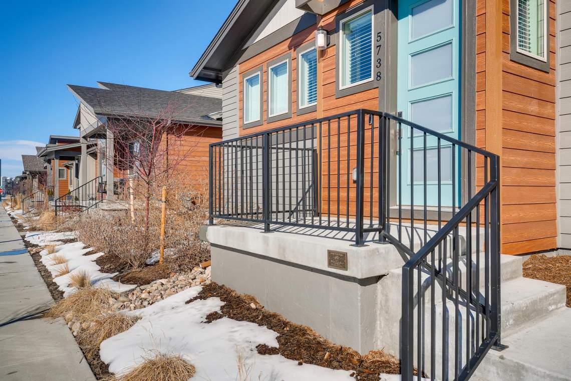 5738-Beeler-Court-Denver-CO-large-003-005-Exterior-Front-Entry-1500x1000-72dpi
