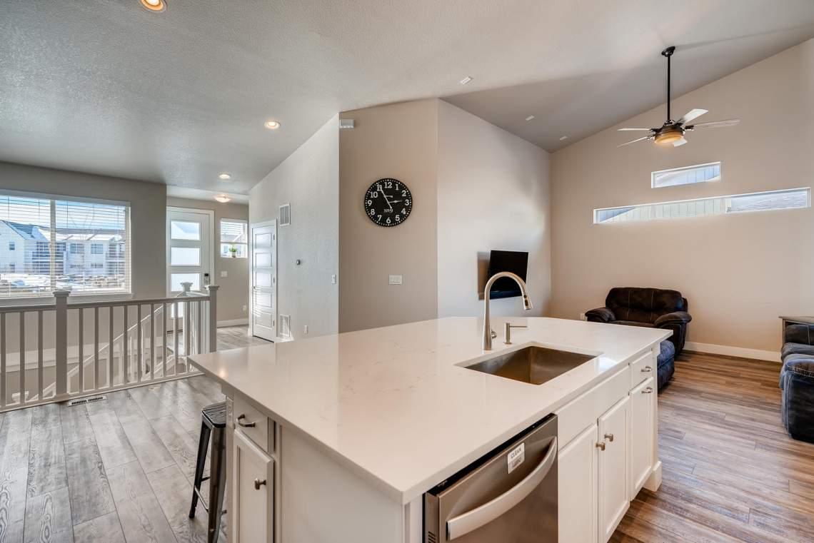 5738-Beeler-Court-Denver-CO-large-009-009-Kitchen-1500x1000-72dpi