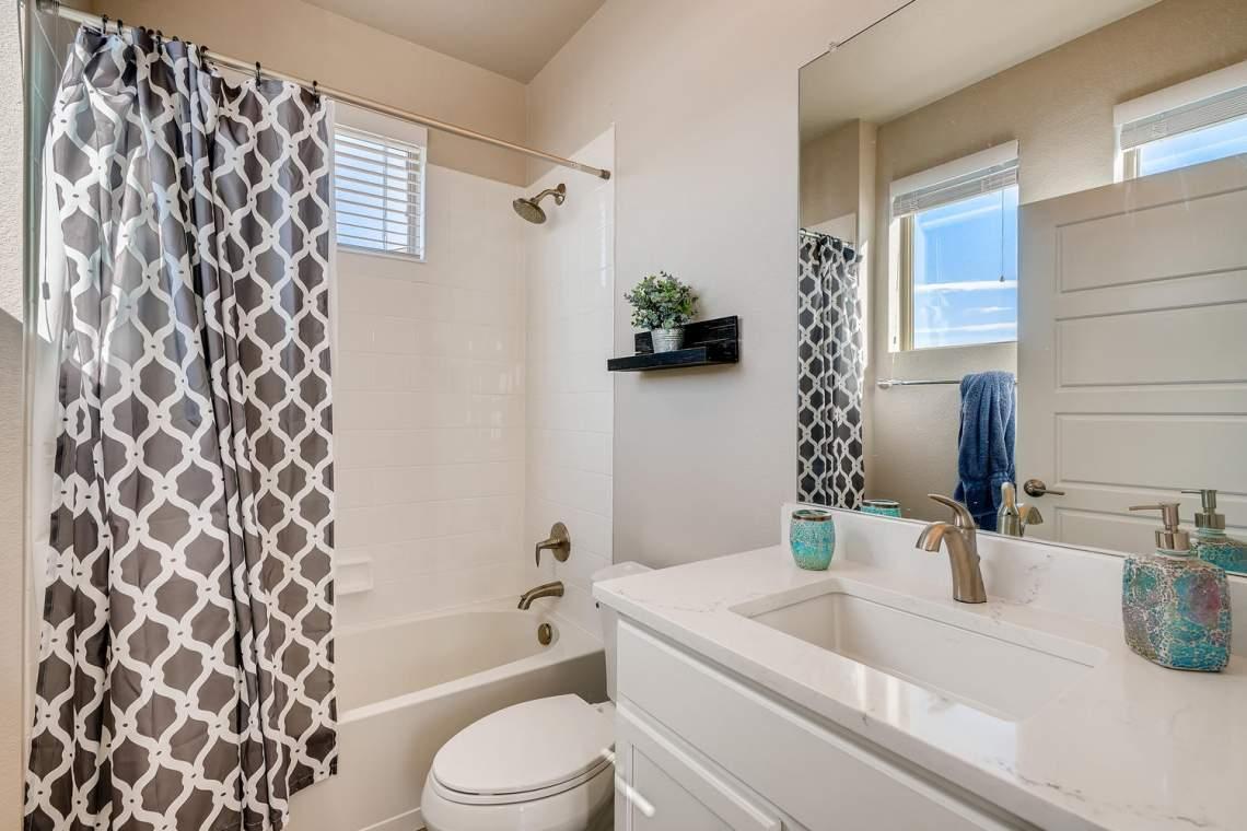 5738-Beeler-Court-Denver-CO-large-021-021-Bathroom-1500x1000-72dpi
