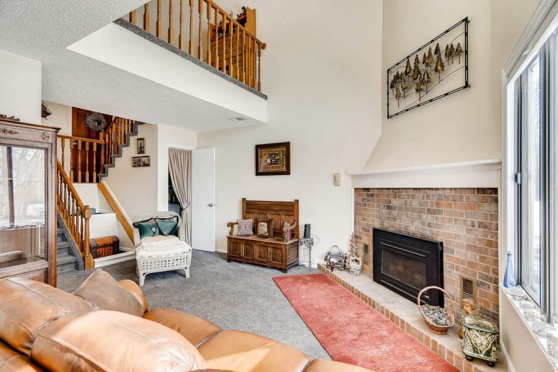 7086 E Dry Creek Circle-large-005-2-Living Room-1500x1000-72dpi