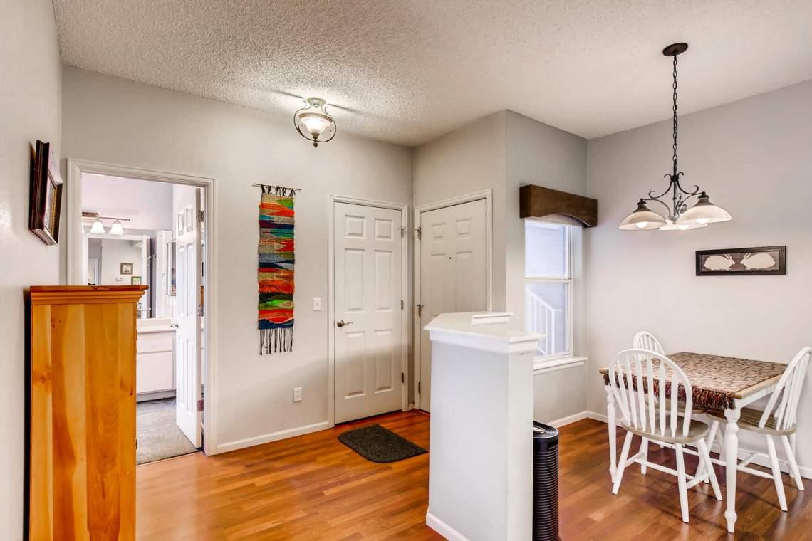 8065-W-Eastman-Place-Denver-CO-large-004-3-Foyer-1500x1000-72dpi