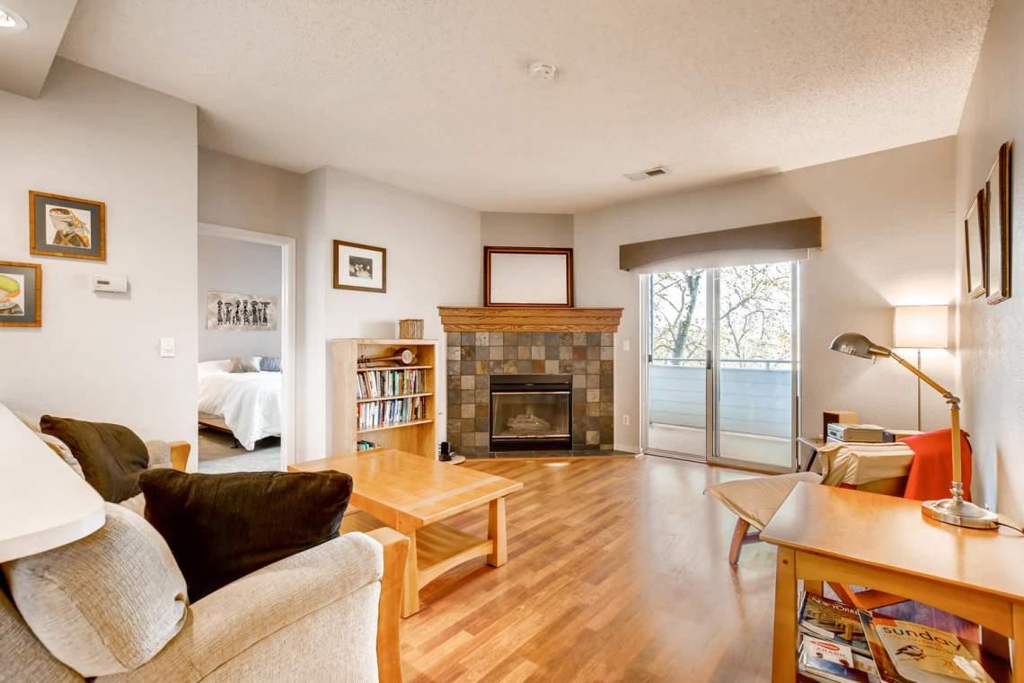 8065-W-Eastman-Place-Denver-CO-large-009-8-Living-Room-1500x1000-72dpi