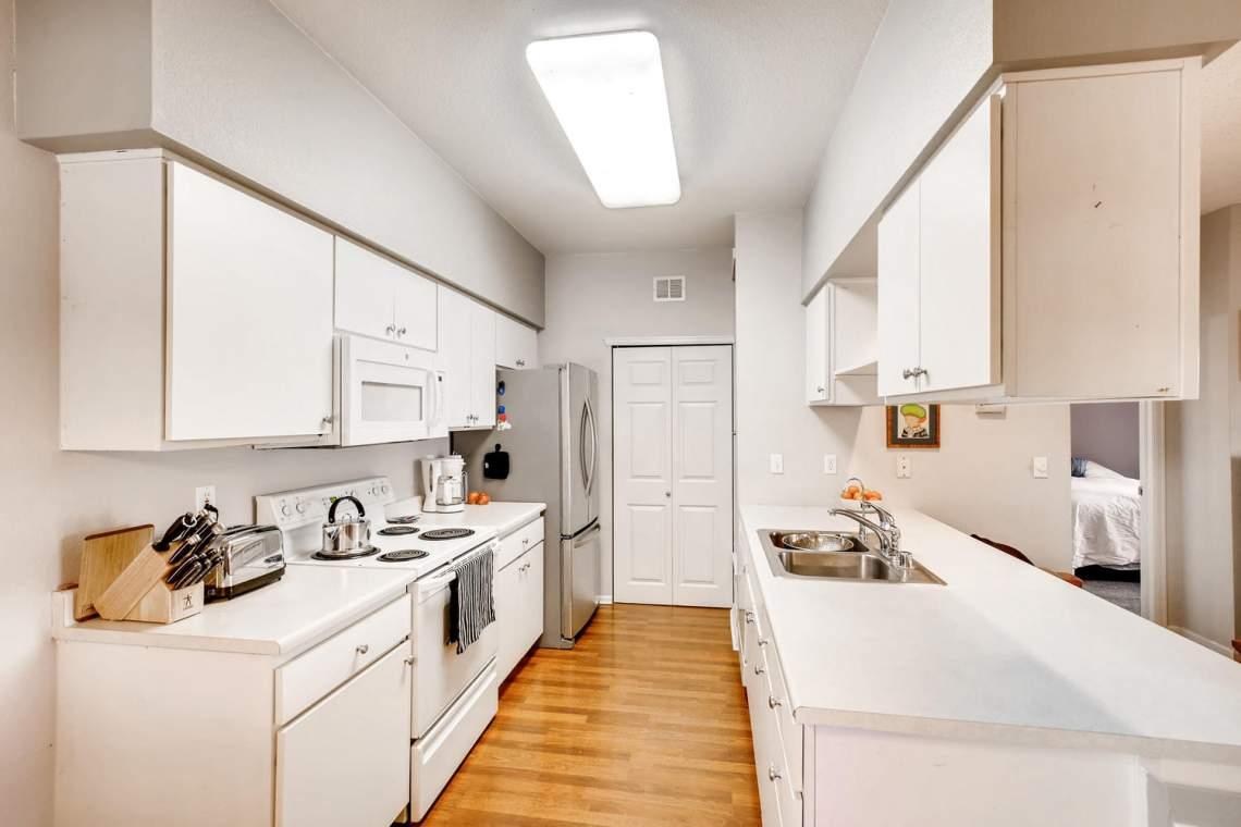 8065-W-Eastman-Place-Denver-CO-large-013-13-Kitchen-1500x1000-72dpi