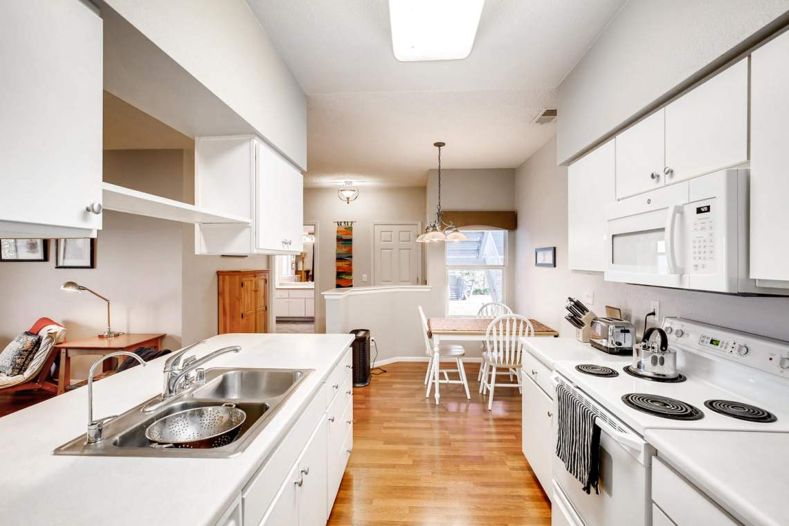 8065-W-Eastman-Place-Denver-CO-large-015-18-Kitchen-1500x1000-72dpi