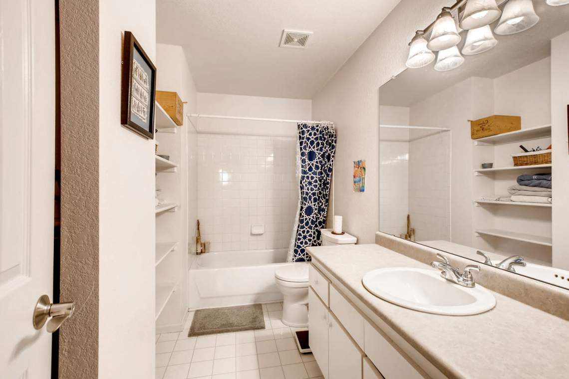 8065-W-Eastman-Place-Denver-CO-large-022-10-Bathroom-1500x1000-72dpi