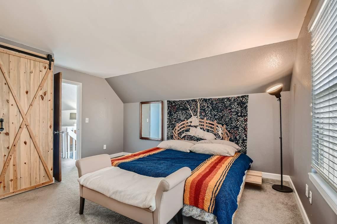33-2nd-Floor-Primary-Bedroom